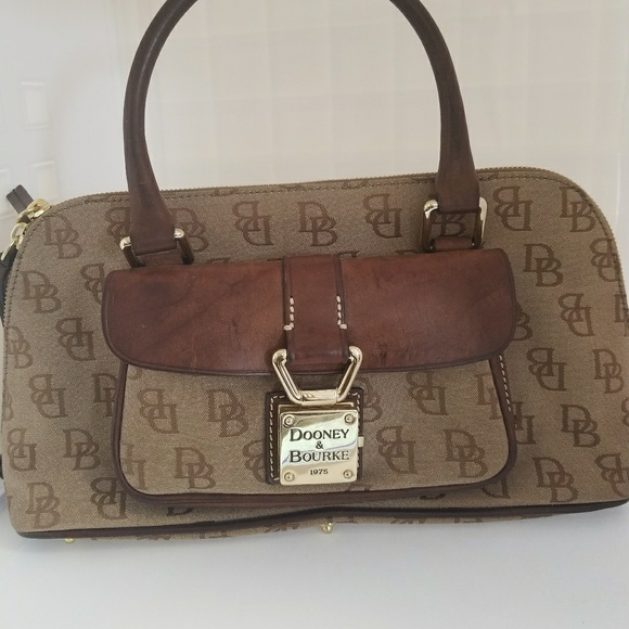 Dooney & Bourke Handbags - Vintage Dooney Bourke Satchel